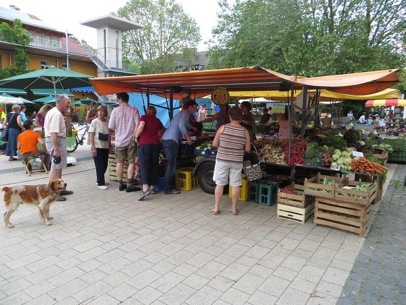Marché fermier à Freiburg im Breisgau (Allemagne)